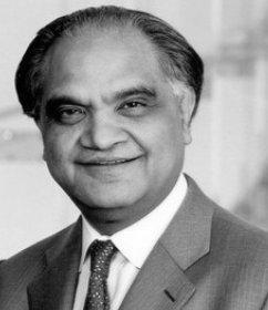 Ram-Charan-Speaker