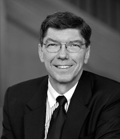 Clayton Christensen : Harvard
