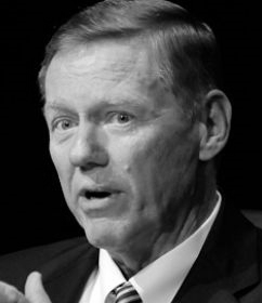 Alan Mulally : Former CEO of Ford Motors