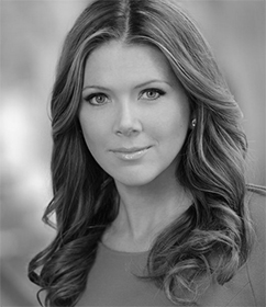 Trish Regan : FOX Business News Anchor